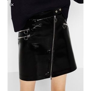 ZARA Patent Skirt With Zipper Details